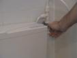 תיקון נזילה בשירותים