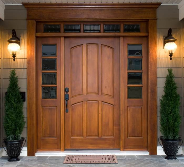 אם יש לכם דלת עץ, יש לבדוק שהצילינדר מוגן בתוך מגן צילינדר, אחרת ניתן יהיה לעקור אותו ולפרוץ לדירה בשניות, (צילום: אילוסטרציה)