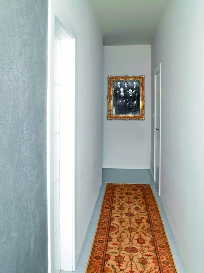 שטיח זיגלר למסדרון, מבית