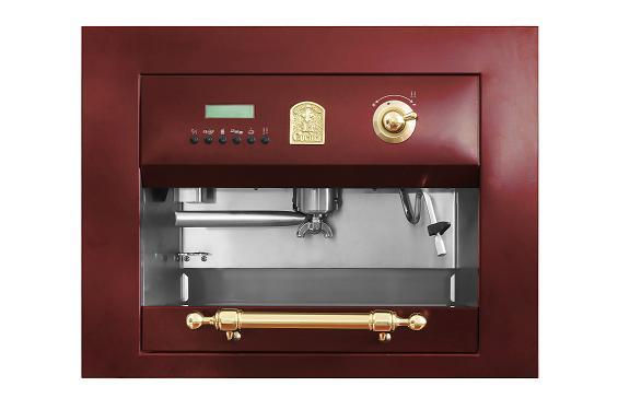 """""""לכבוד השנה החדשה"""", מכונת קפה Built in של """"לה קוצ'ינה"""", (צילום: אייל קרן)"""