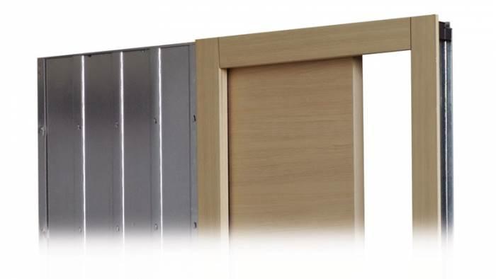 דלתות הזזה של חמדיה נכנסות אל תוך כיסים נסתרים שאינם מייצרים קווי מתאר, הפרדה או בולטות בין הקיר ובין הדלת, ומעניקות לחלל קווים נקיים, נטולי תוספות וחלקים למראה(צילום באדיבות חמדיה)