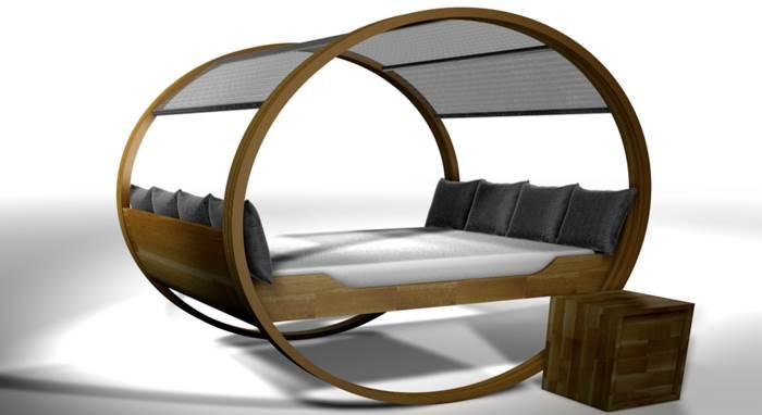להירדם בהווה ולהתעורר בילדות. מיטת נדנדה של Michael Kloker   מחיר: 3,900 יורו (צילום: יח