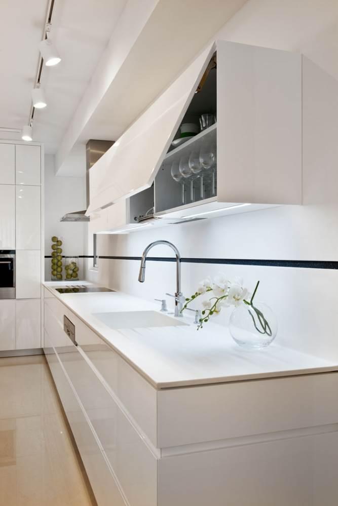 דוגמא למשטח קוריאן במטבח בעיצוב מירב ברמן ומיקי כתר