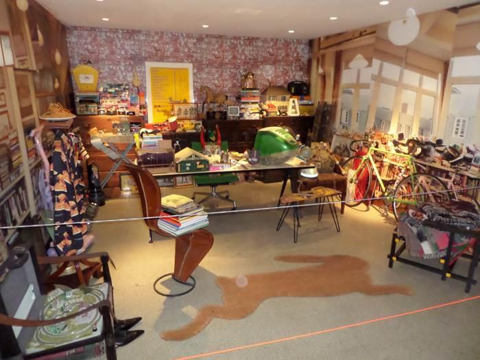 חדר העבודה של Paul Smith הוצב בשלמותו באחד מחללי ה Design Museum.