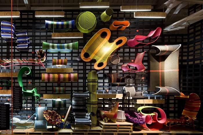 האוסף השבטי של חברת MOROSO כולל מגוון רחב של כורסאות, כסאות, שזלונגים, ספסלים והדומים. שיטת הקליעה עליה הופקדו בעליי מלאכה מיומנים מסנגל כללה עבודת קראפט מחבלים סינתטיים עמידים במים המשמשים באופן מסורתי לייצור רשתות הדיג של המקומיים. השזירה והאריגה עצמם נעשו בטכניקות מסורתיות אך בדרכים אולטרה מודרניות הנותנות כבוד לתרבות האפריקאית. להשיג בטולמנ