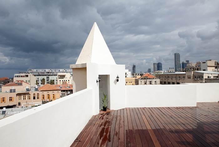גג המשקיף על נוף יפואי מרהיב