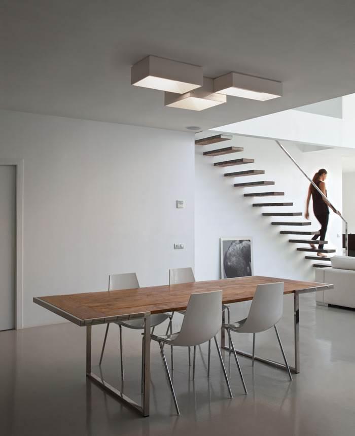 תאורה צמודת תקרה בצורניות גיאומטרית שקטה אך בעלת נוכחות - קמחי תאורה</br>