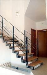 """מדרגות פנים מבית """"קו נבון"""" - קו נבון"""