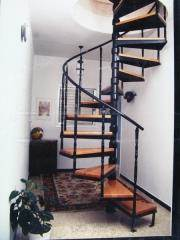 מדרגות לולייניות מעוצבות - קו נבון