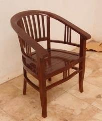 כיסא מעוגל - Treemium - חלומות בעץ מלא