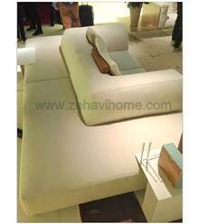 ספה לבנה מרשימה