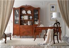 היבואנים - ויטרינה ושולחן כתיבה