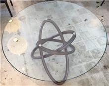 היבואנים - שולחן אוכל עגול