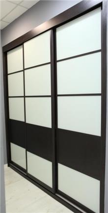 ארון עם דלתות הזזה - בית אומנות העץ