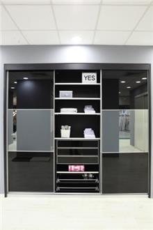 ארון שחור 3 דלתות - בית אומנות העץ
