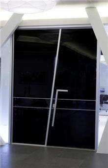 דקור - DECOR - דלת כניסה רחבה