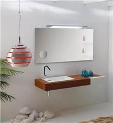 משטח לכיור האמבטיה