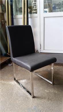 """כיסא מעוצב ומרופד - נוף עיצובים פלוס בע""""מ"""