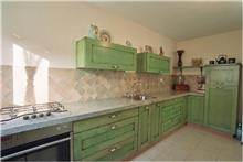 מטבח בגוון ירוק