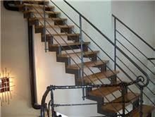 מדרגות מסיביות