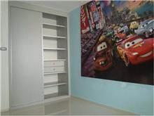 ארון לחדר ילדים