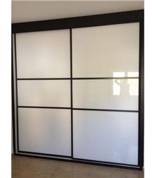ארון הזזה דלתות זכוכית