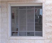 חלונות בלגיים באפור
