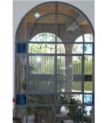 חלון עם ויטראז'