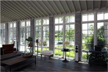 חלונות מהסדרה הירוקה