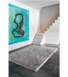 שטיח בצבע אפור