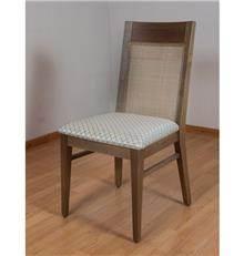 כיסא עץ אלון