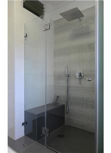 א.ישראלי - מקלחון חזית שליש חלבי