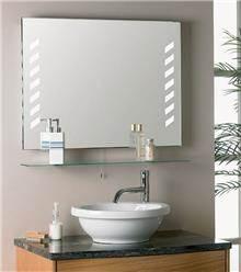 מדף זכוכית לחדר האמבטיה