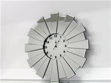 שעון קיר מודרני