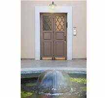דלת כנף בצביעה אטומה