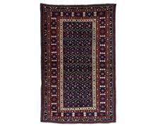 שטיח מעוצב קווקזי