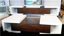 שולחן ומזנון ייחודיים