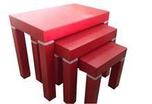 שולחן סלון אדום