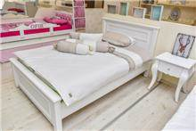 מיטה וחצי אליזבת