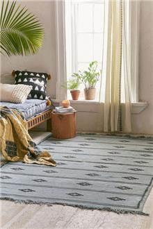 Fibers - שטיח מעויינים מינימליסטי