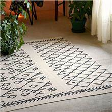 שטיח גאומטרי גדול - Fibers