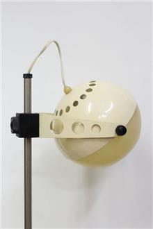 Fibers - מנורת שולחן בצבע קרם