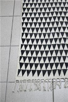 Fibers - שטיח כותנה עם משולשים שחור לבן