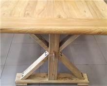 שולחן אוכל עשוי עצי ספינות