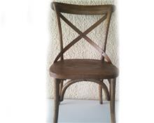 כיסא עץ מלא ענתיק