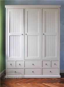 ארון 3 דלתות מחורצות - HouseIn