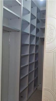 חדר ארונות קלאסי - Doors