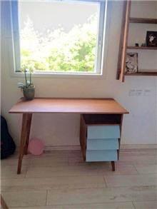 שולחן כתיבה - יניב פשפשים
