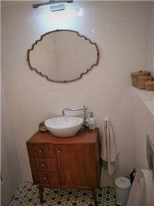 ארון אמבטיה וינטג' - יניב פשפשים