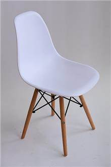 כסא עמוס לבן - מסובין